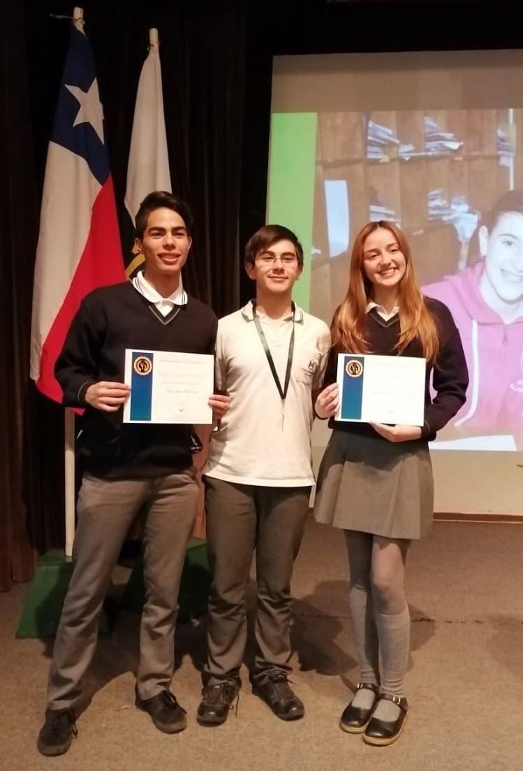 Alumnos Compañía de María destacaron en Olimpiada de Matemática.